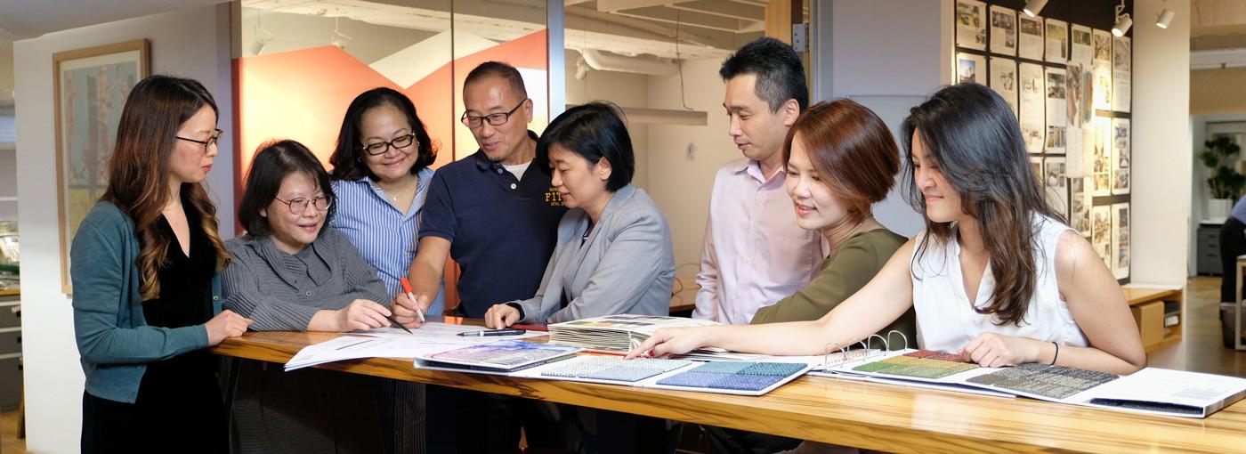 Steven Leach Taiwan office photo